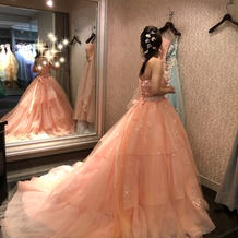 ANTEPRIMAのカラードレス