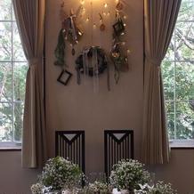 メインテーブル装花装飾。