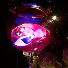 披露宴会場の各テーブル上の光の演出