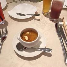 アワビ入りのスープ