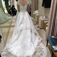 白ドレス バック