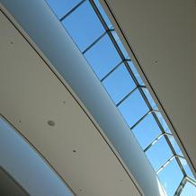チャペル天井の窓
