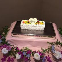 少人数対応のウェディングケーキ