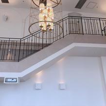 会場内の階段