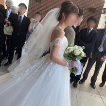 ウェディングドレス(袖付き)