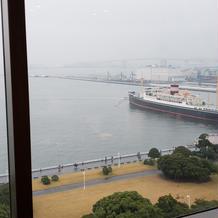 当日はあいにくの雨でした