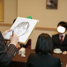 似顔絵の早描きは喜ばれました