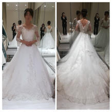 運命のドレス。桂由美さんブランドです。