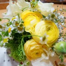 会場装花も希望可能