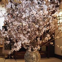 チャペルの季節生花(お任せ)