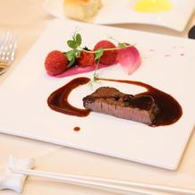 赤フィレ肉のステーキ