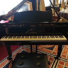 生演奏用ピアノ