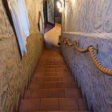 1階~2階階段