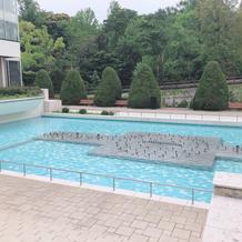 噴水演出のできるプール