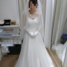 試着2(前)+3万円のドレスです。