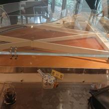 待合室 ピアノ一体型テーブル