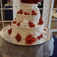 バラのケーキに一目惚れ!