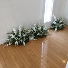 チャペル内装花4