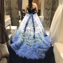 とても評判が良かったドレスです