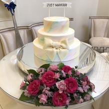 ケーキとお花