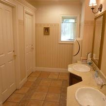 トイレはとてもきれいです。