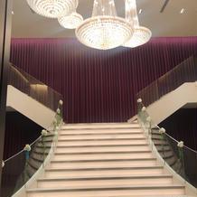 チャペル向かいの階段