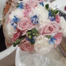 生花のブーケ。とても美しいです