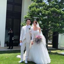 白タキシード ウェディングドレス