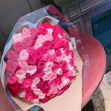 サプライズの薔薇