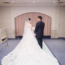 タキシード・ウェデングドレス
