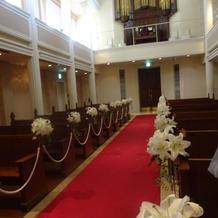 教会中の入り口
