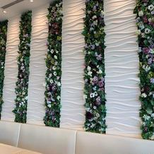 壁の花はレストランの時の通常仕様です