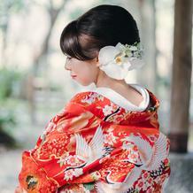 花のヘッドドレスもオーダーできます