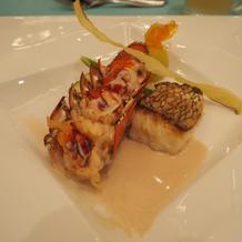 お魚料理は真鯛とオマール海老にしました