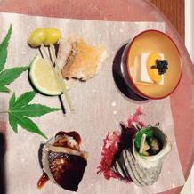 胡麻豆腐、サザエ、鯛、フォアグラのお寿司