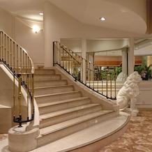 エントランス 階段