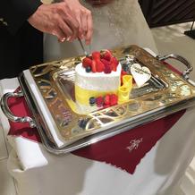 ケーキカット・ファーストバイト