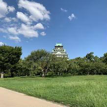 お庭から見た大阪城