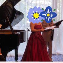 ピアノ有り