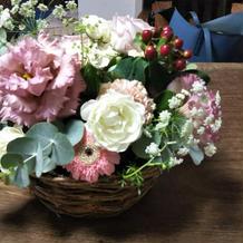 当日ゲストが持って帰った各卓の装花