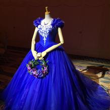 シンデレラのカラードレス