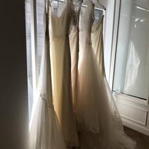 試着したドレスの一部。