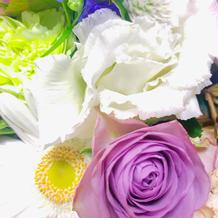 テーブルに飾ってあるお花