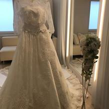 素敵なドレスに出逢えました