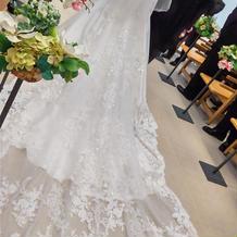 ドレスのトレーン