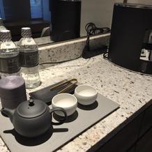 お茶のサービスあり