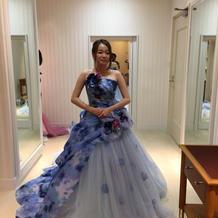 式場ドレス