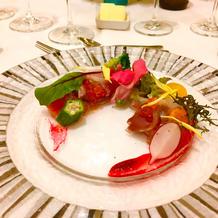 前菜:鮮魚のセミクルード