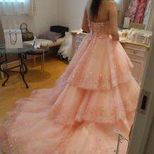 当日のカラードレス