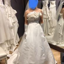 プラン内(10万円)のウエディングドレス
